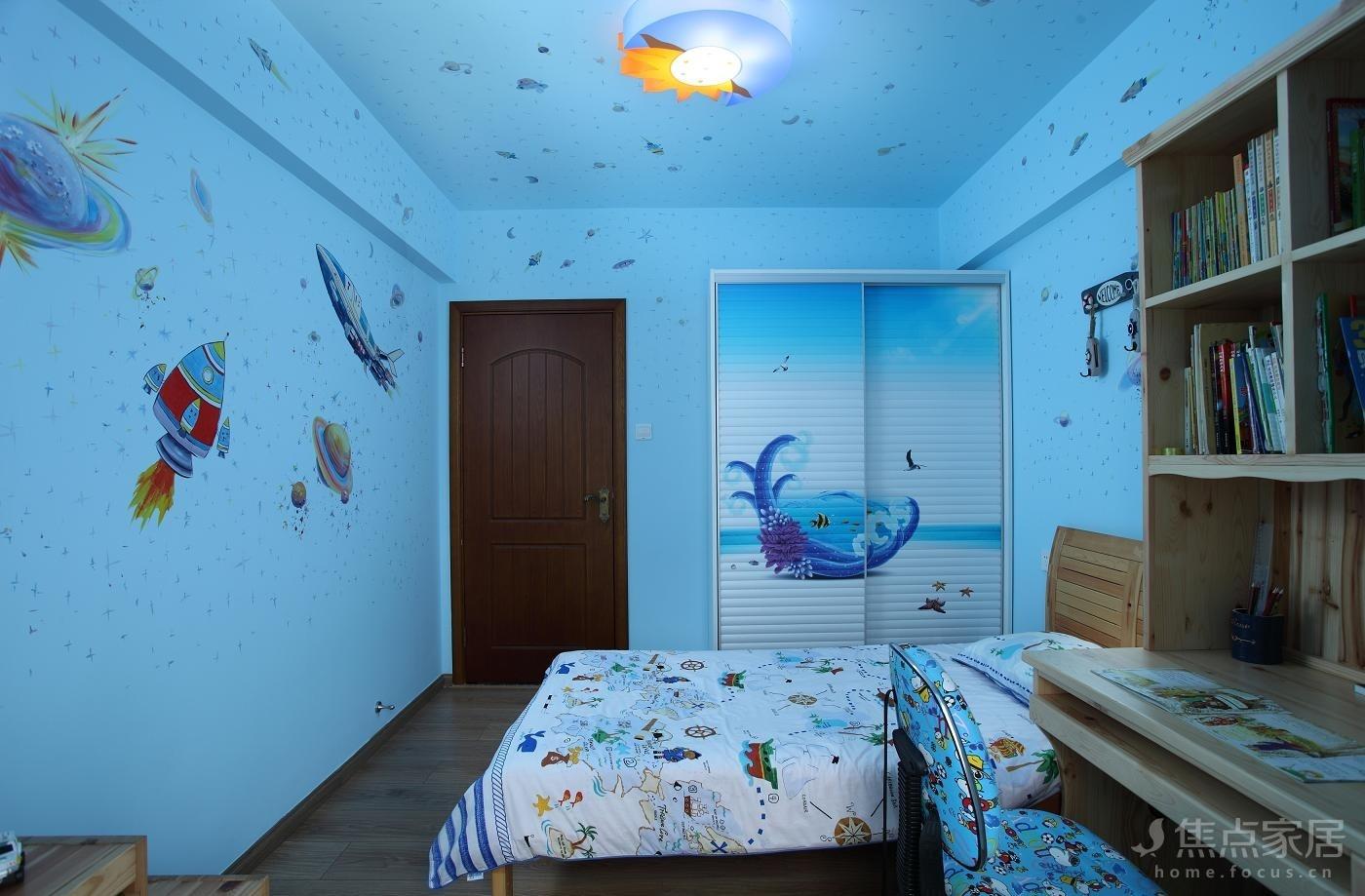 海洋主题的墙绘儿童房是最受儿童喜欢的墙绘之一,生活中不常见到
